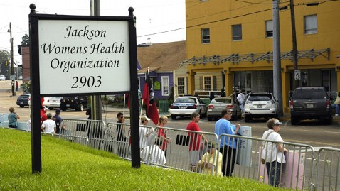 Judge blocks closing of Mississippi's last abortion clinic