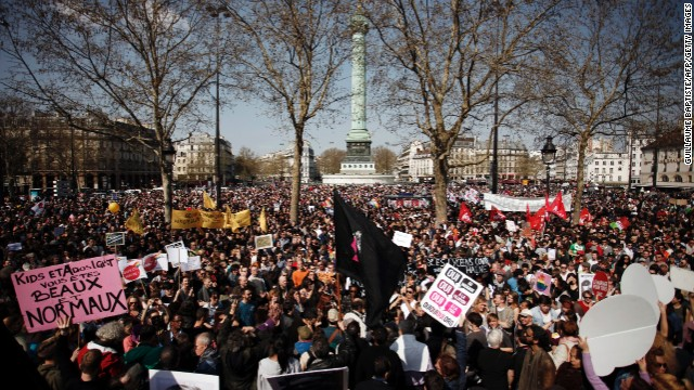 French protests for gay marriage