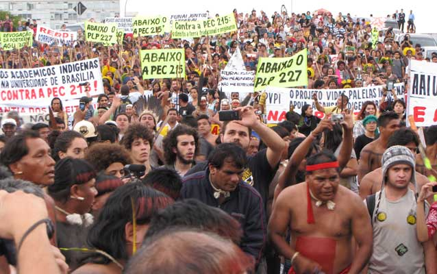 2013-brasilia-protests1