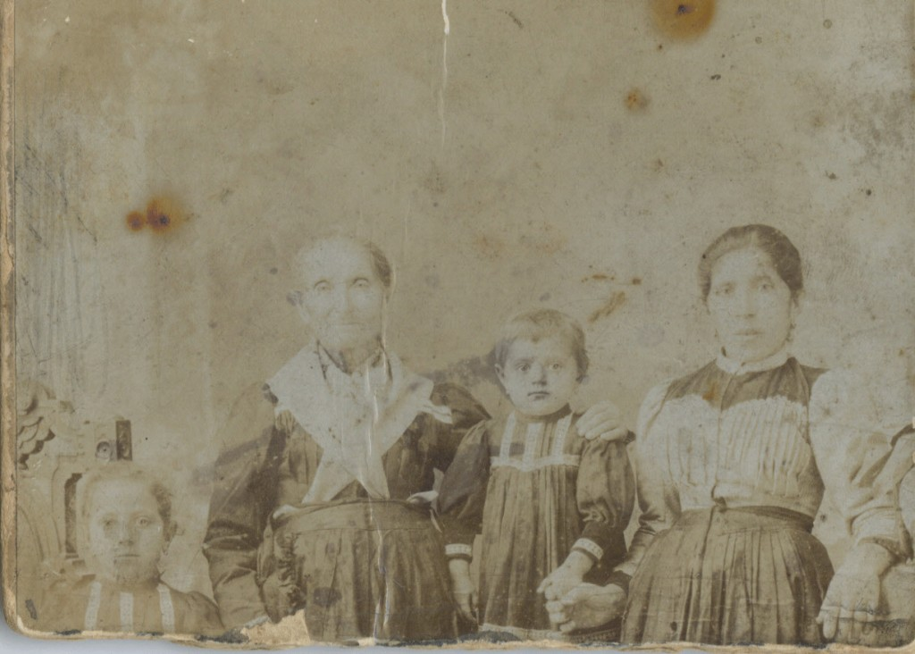 A photo believed by a direct family member to be of Juana Briones.